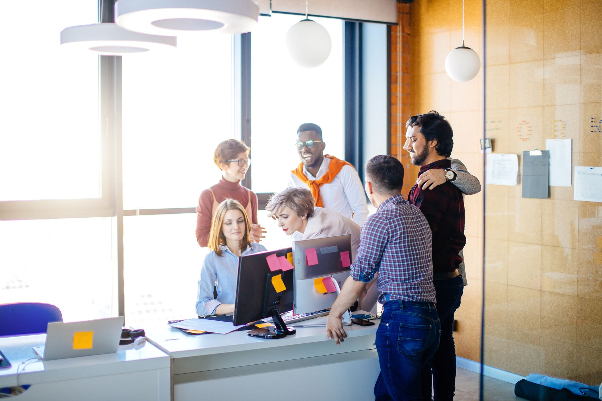 7 people on a team collaboration in scrum